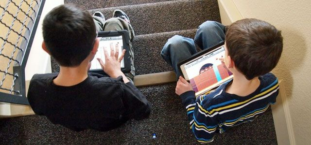 Tablets for Fifth Graders? Teachers Try Different Tactics